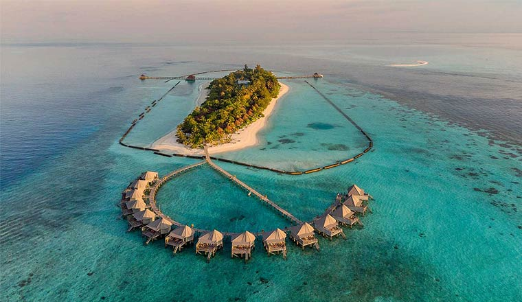 Komandoo Island Resort and Spa